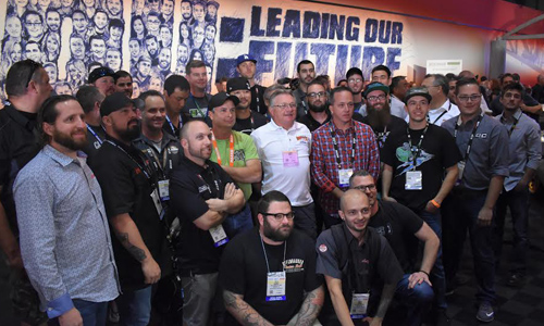 The Top 40 Finalists all pose for a photo op in SEMA Central Hall – at the top 40 event, 10 winning 'young guns' were specifically honoured (Photo: Barett Poley)